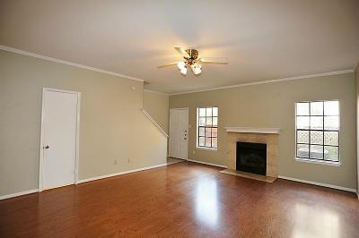 Houston TX Condo/Townhouse For Sale: $137,995