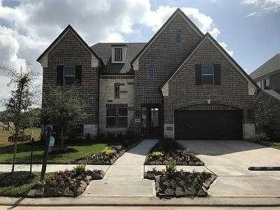 Missouri City Single Family Home For Sale: 10106 Cypress Path