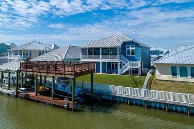 Texas City Single Family Home For Sale: 5233 Brigantine Cay Court