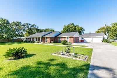 Baytown Single Family Home For Sale: 3622 Tri City Beach Road