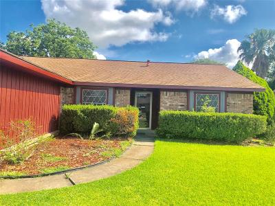 La Porte Single Family Home For Sale: 8415 Avington Road