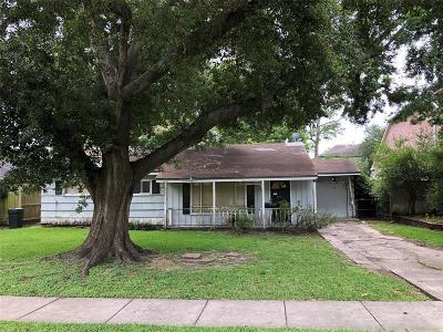 Bellaire Single Family Home Pending: 4531 Sunburst Street