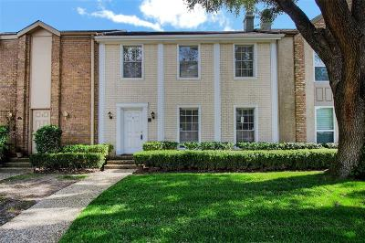 Houston TX Condo/Townhouse For Sale: $239,900