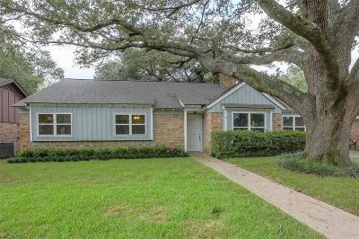 Spring Shadows Single Family Home For Sale: 2607 Parana Drive