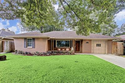 Houston Single Family Home For Sale: 2215 Chantilly Lane