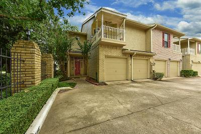 Houston Condo/Townhouse For Sale: 7350 Kirby Drive #11