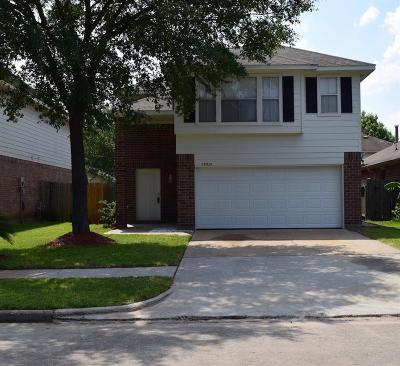 Tomball Single Family Home For Sale: 19535 Sandy Woods Drive