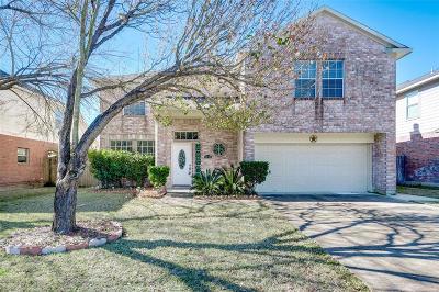 Single Family Home For Sale: 6527 Laurel Run