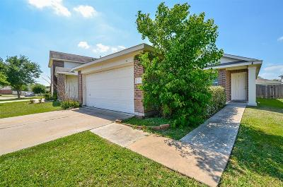 Fort Bend County Single Family Home For Sale: 7906 Crescent Village Lane