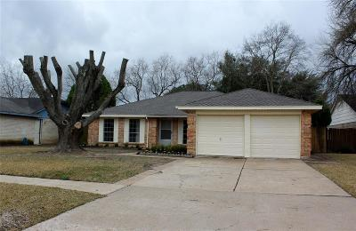 Missouri City Single Family Home For Sale: 611 Whippoorwill Drive