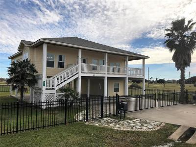 Palacios Single Family Home For Sale: 811 W Bayshore Drive