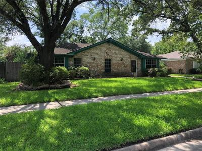 Houston Single Family Home For Sale: 322 Queenstown Road