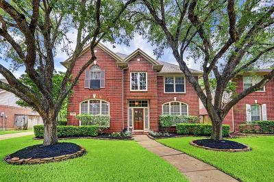 Sugar Land Single Family Home For Sale: 1139 Azalea Bend