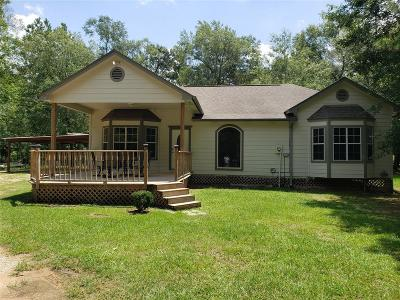 Single Family Home For Sale: 370 Bayou Oaks Drive