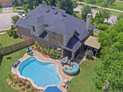 Conroe Single Family Home For Sale: 8203 Peppervine Court