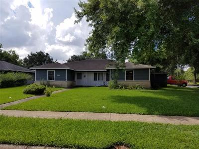 Pasadena Single Family Home For Sale: 1302 Houston Avenue