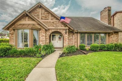 Sugar Land Single Family Home For Sale: 2606 Creek Shadow Drive