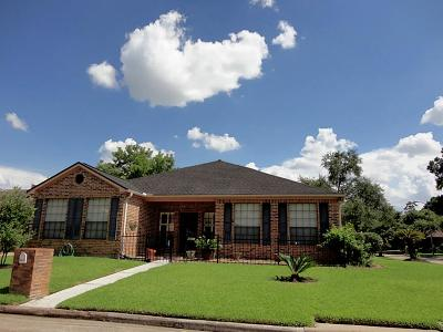 Houston Single Family Home For Sale: 6631 Oakland Hills Drive