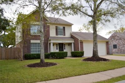 Pearland Single Family Home Pending: 5210 Spring Branch Drive