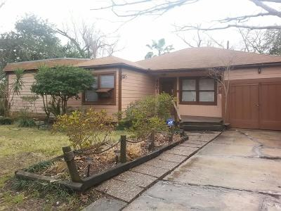 Bellaire Single Family Home For Sale: 4301 Betty Street