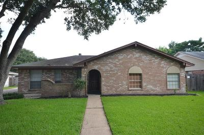 Pearland Single Family Home For Sale: 5309 Woodville Lane