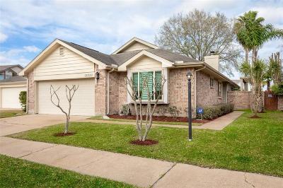 Houston Single Family Home For Sale: 12730 Village Square Dr Drive
