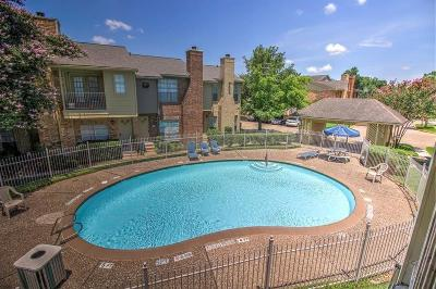 Houston Condo/Townhouse For Sale: 11201 Lynbrook Drive #3814