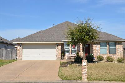 College Station Single Family Home For Sale: 4023 Reatta Lane
