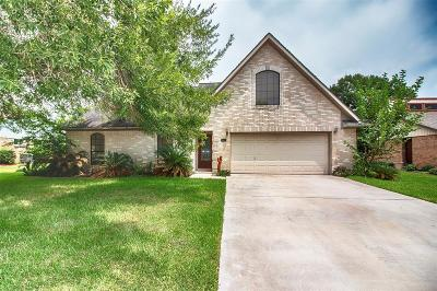 Dickinson Single Family Home For Sale: 5510 Thornwood Circle