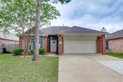 Single Family Home For Sale: 17227 Horsetooth Canyon Drive