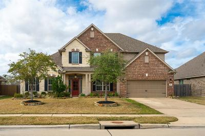 Pearland Single Family Home Pending: 1540 Preserve Lane