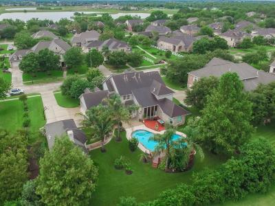 Pearland Single Family Home For Sale: 3413 Lindhaven Drive