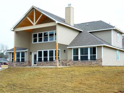 Willis Single Family Home For Sale: 5105 Kingston Cove Lane