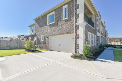 Spring Condo/Townhouse For Sale: 2101 Solstice