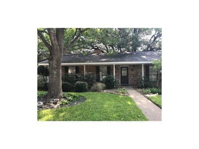 Single Family Home For Sale: 101 S Hickory Lane