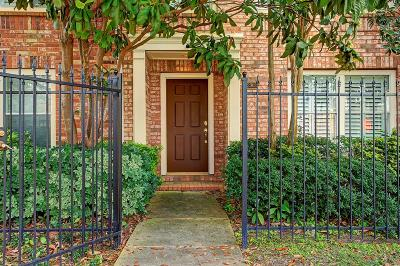 Galveston County, Harris County Condo/Townhouse For Sale: 2903 Caroline Street