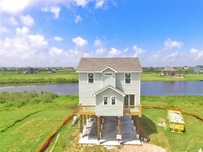 Galveston Single Family Home For Sale: 18026 Shaman Drive