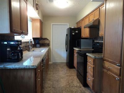 Deer Park Single Family Home For Sale: 910 Mark Street