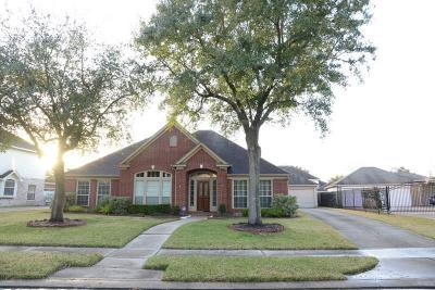 Sugar Land Single Family Home For Sale: 11010 Sporting Hill Lane