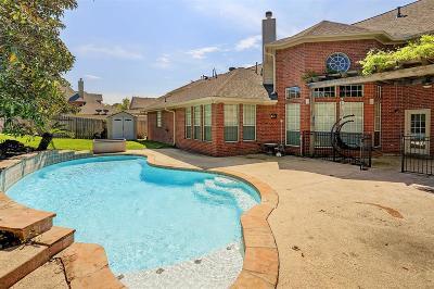 Lake Olympia, Lake Olympia/Villa Del Lago Single Family Home For Sale: 4203 Oak Forest Drive