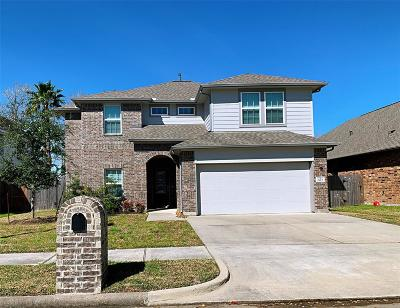 Baytown Single Family Home For Sale: 2415 Doral Drive