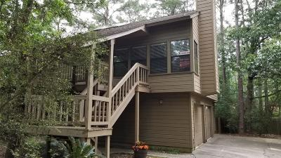 The Woodlands Condo/Townhouse For Sale: 62 Cokeberry Court