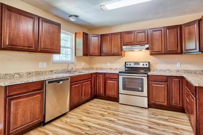Somerville Single Family Home For Sale: 312 Spreading Oak