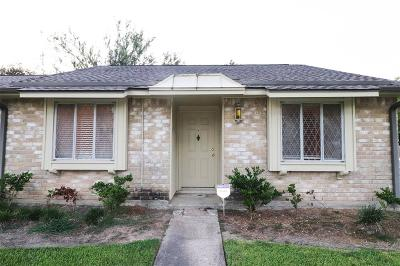 Friendswood Condo/Townhouse For Sale: 3772 Laura Leigh Drive