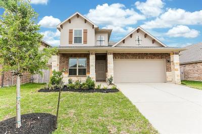 La Marque Single Family Home For Sale: 526 Waterside Ridge Lane