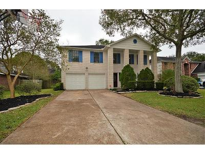 Friendswood Single Family Home For Sale: 1906 Valero Street