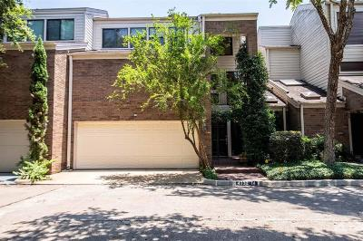 Houston Condo/Townhouse For Sale: 4732 Post Oak Timber Drive #14