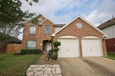Friendswood Single Family Home For Sale: 3506 Silouette Cove