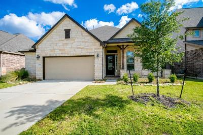 Spring Single Family Home For Sale: 21918 Avalon Queen Drive