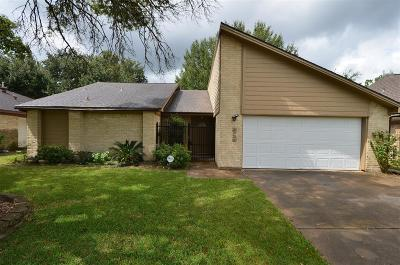 Single Family Home For Sale: 8715 Bold Forest Drive
